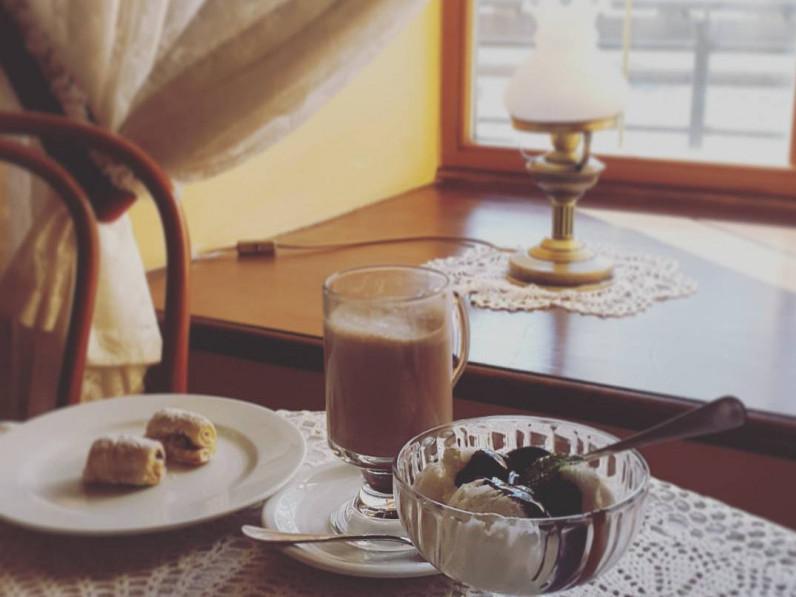 Зустріч пройде за запашним горнятком кави