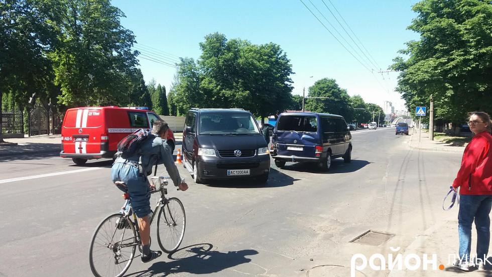 Аварія сталась біля поворота на Козакова