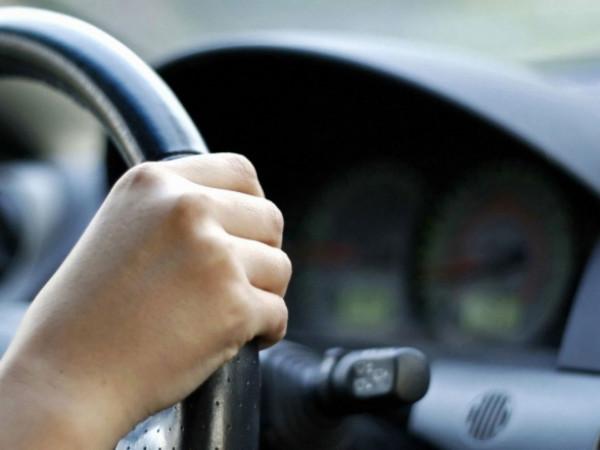 У Луцьку дві жінки ледь не попали під колеса водія