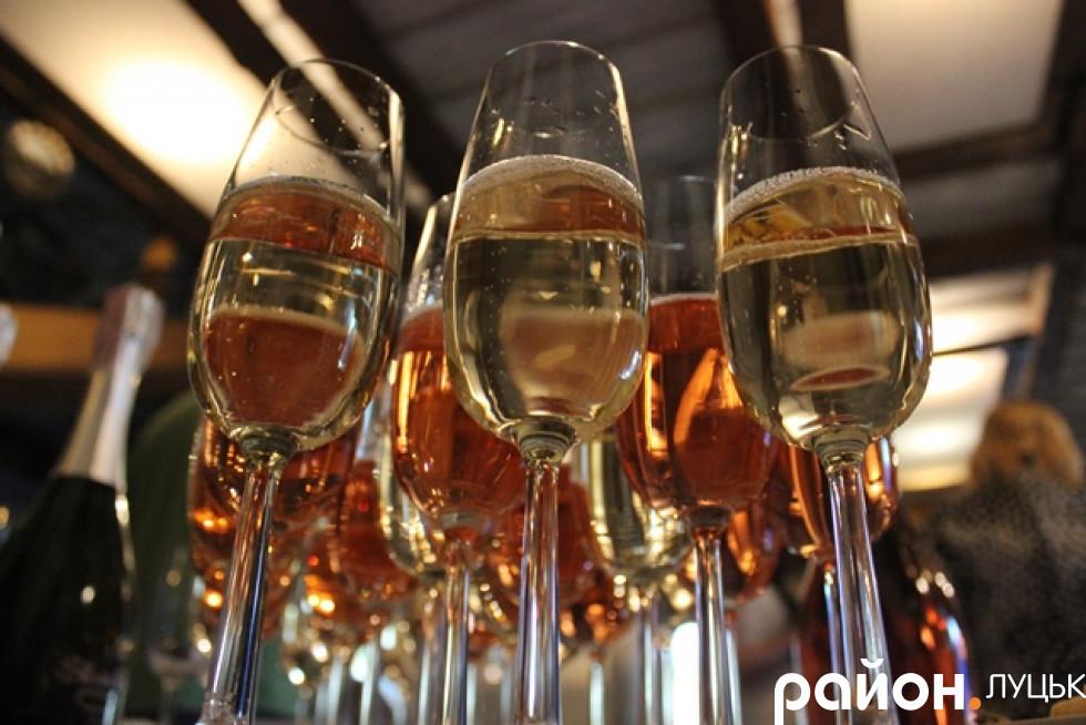 Якісне і доступне ігристе вино