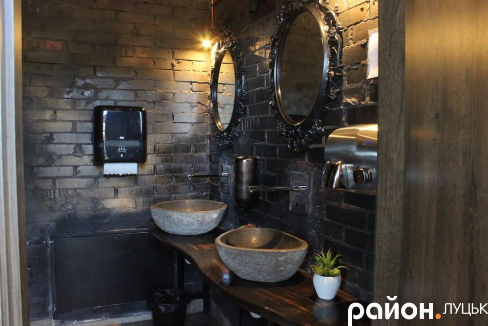 Туалет для відпочивальників