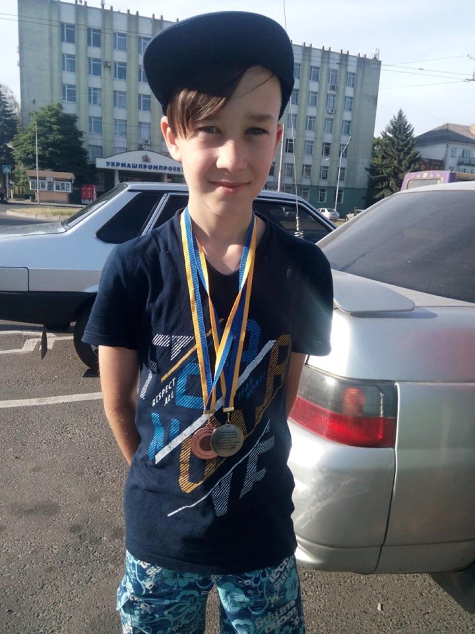 Хлопець з медалями