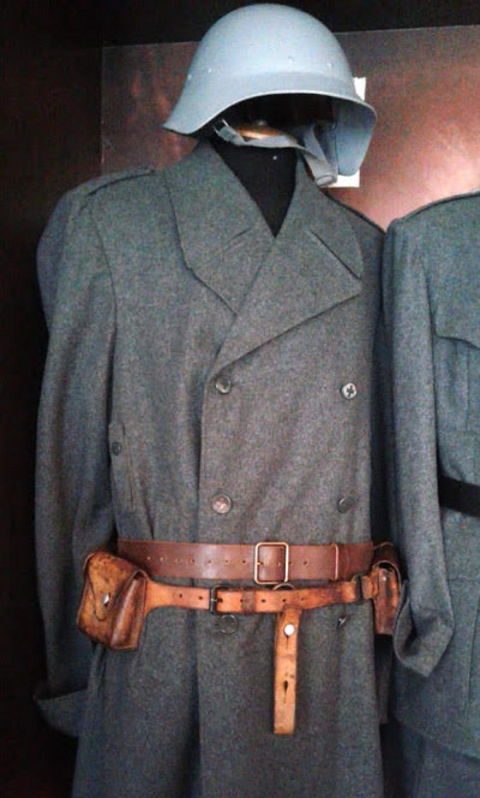Так виглядала одіж швейцарського солдата періоду Другої Світової війни