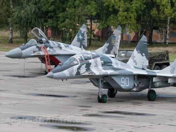 Винищувачі МіГ-29, які стоять на озброєнні авіабригади