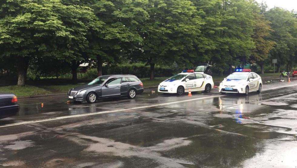 На місці події працює поліція