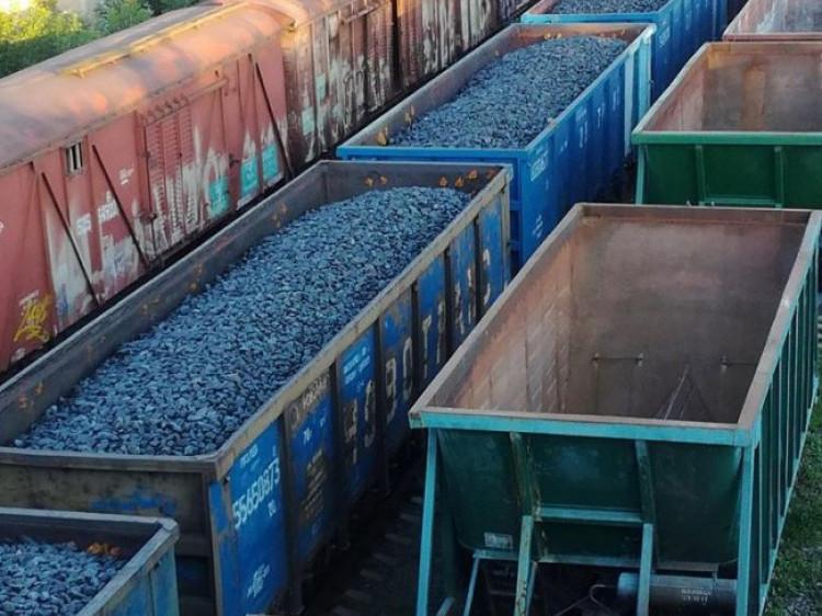 Російські вагони зафіксували в Луцьку