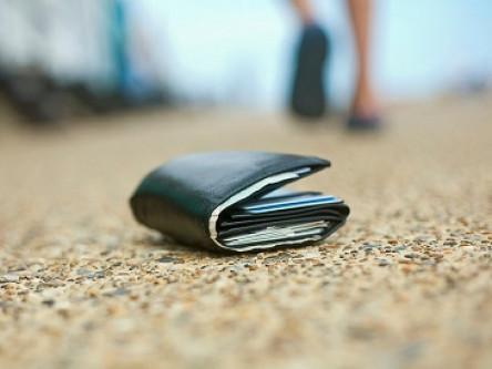 Лучанці повернули загублений гаманець