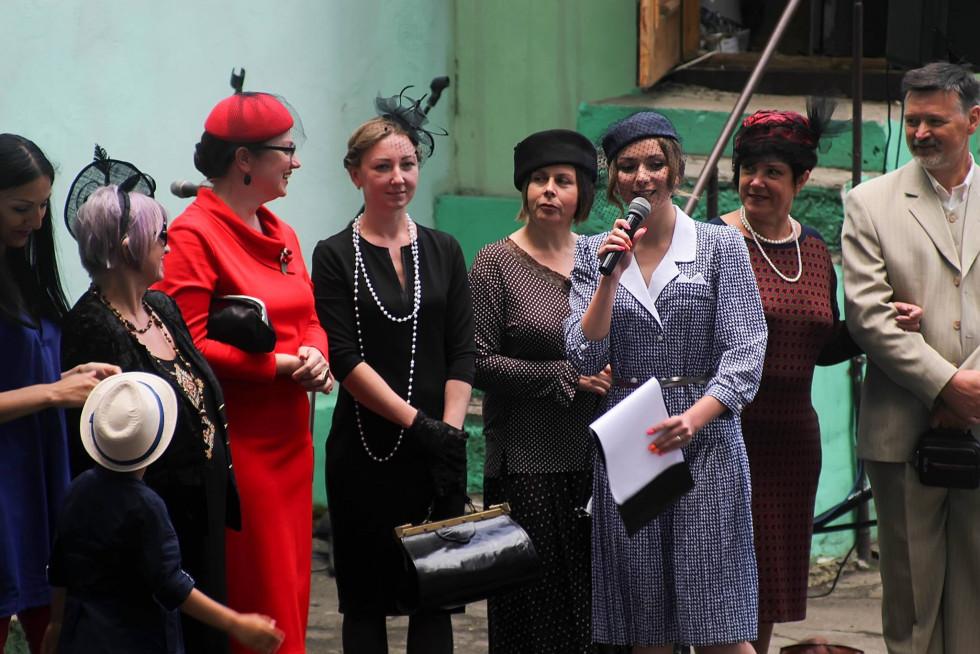Лучан запрошують на ретро-свято вулиці Поштової у Рівному ee4cdabfc73bd