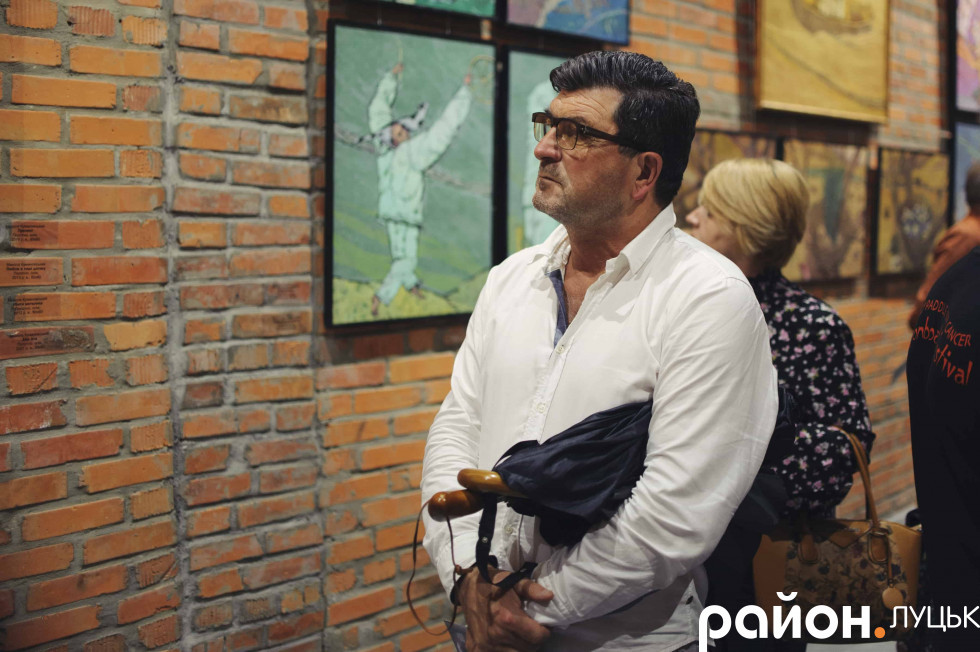 Організатор проекту культурно-професійних обмінів Володимир Павлік під час виставки