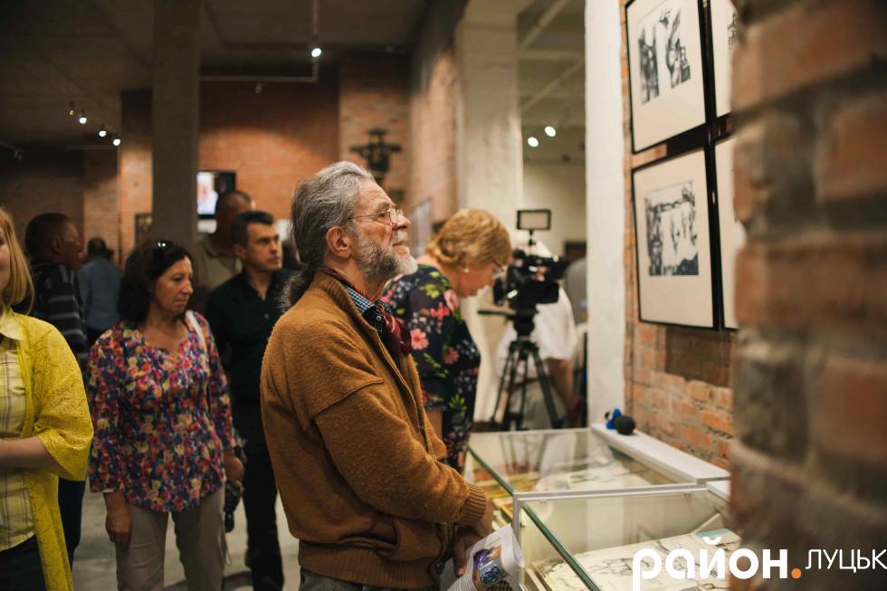 Серед відвідувачів було багато творчих особистостей – колег по цеху Миколи Кумановського