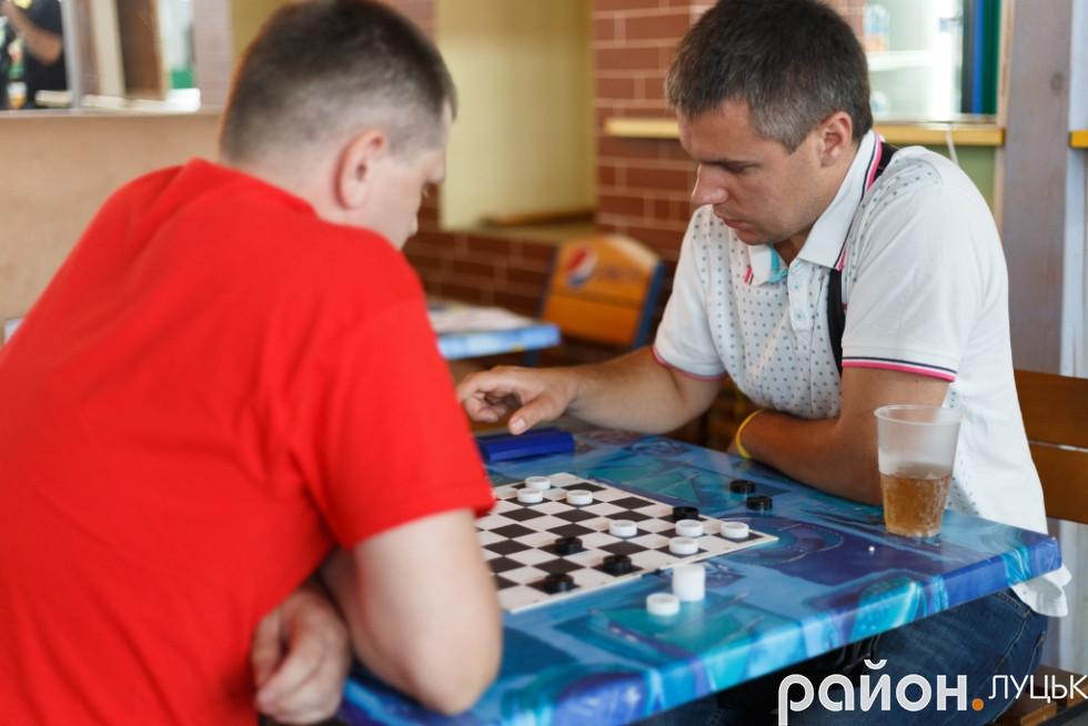 Змаганняз шашок