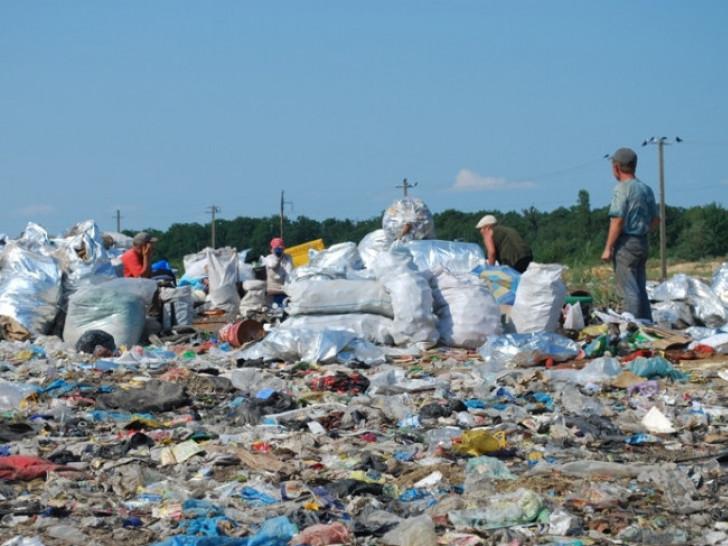 Ще 4 гектари землі хочуть віддати під сміттєвий полігон