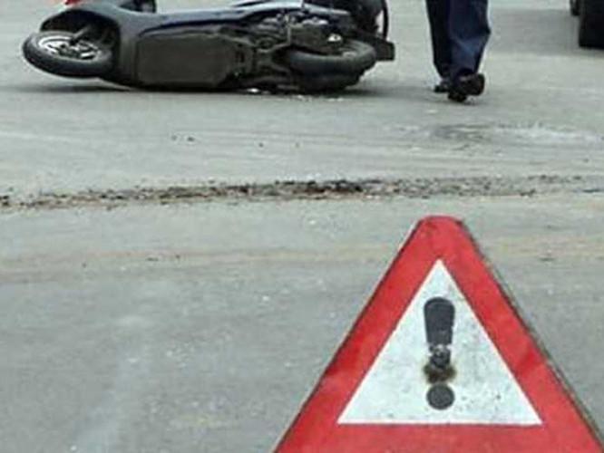 Неповнолітній водій мопеда отримав травми