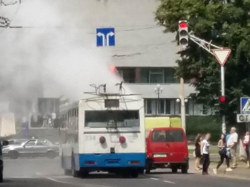 Загорівся тролейбус
