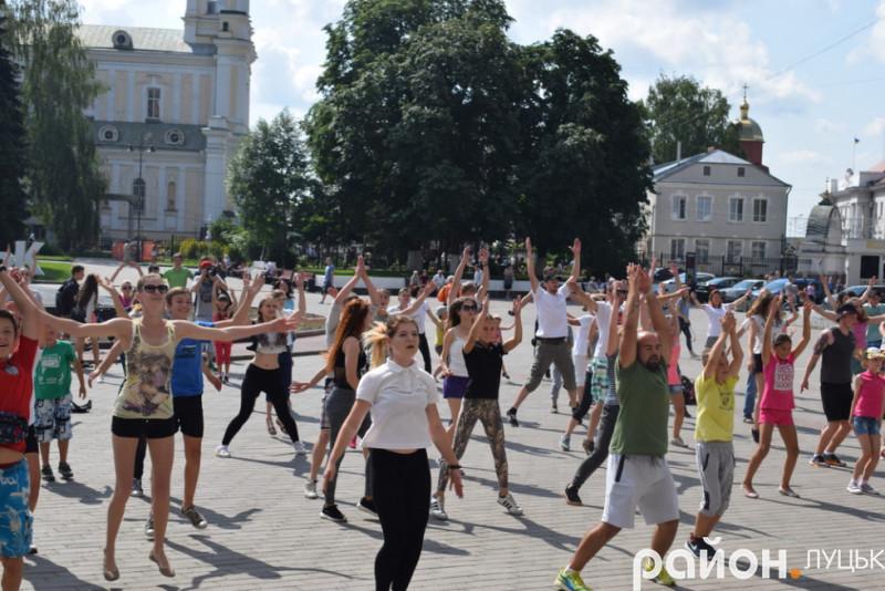 Загальноміська акція «Ранкова гімнастика для всіх»