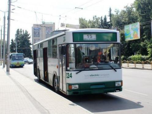 Луцький тролейбус №15