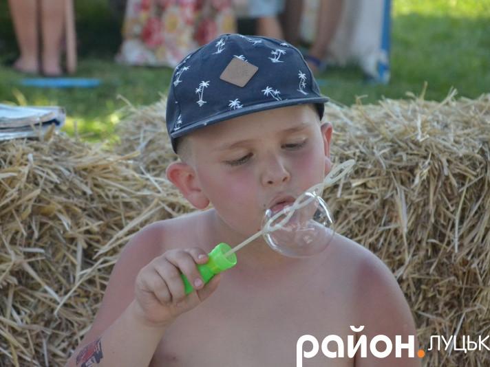 Як розважали дітвору на фестивалі