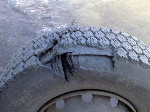 Вибухнуло колесо