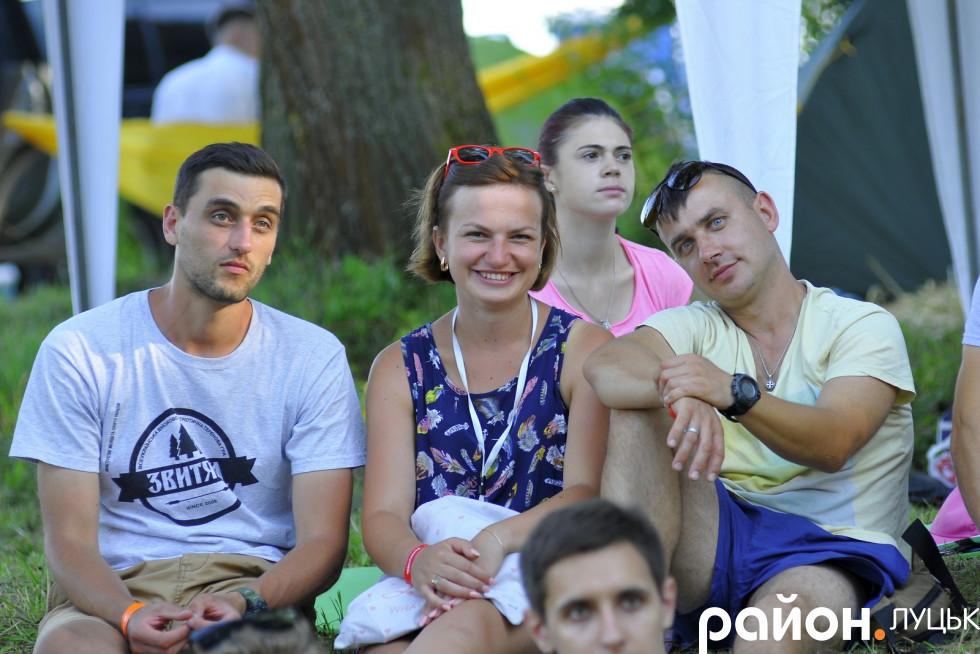 Голову схилив майданівець, Дернівський сільський голова Олександр Гуч