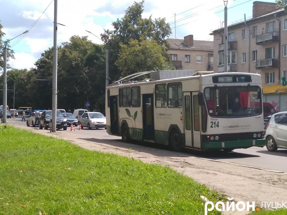 Тролейбус-учасник автопригоди