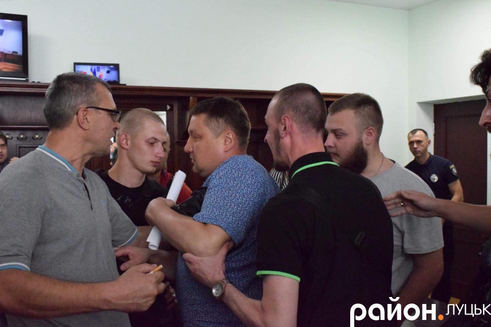 Суперечка в Луцькраді
