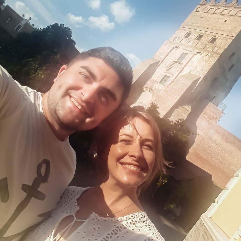 Олена Кравець з учасником команди «Замок Любарта» Назаром
