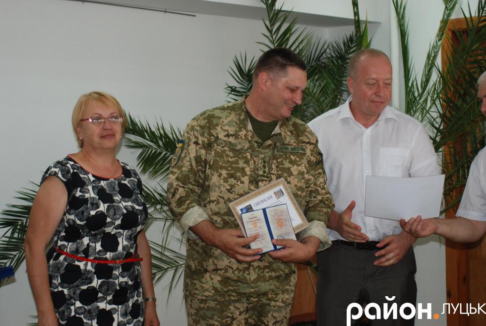 Сертифікати про проходження навчання вручили військовим