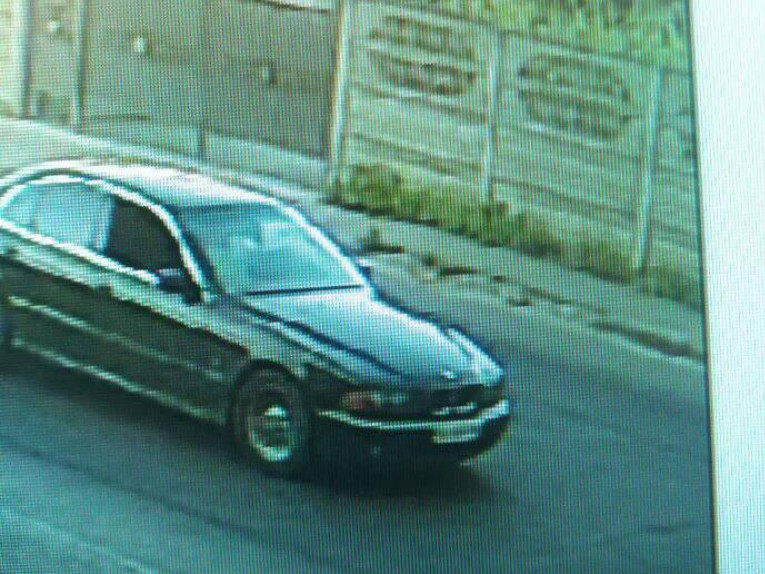 Автівку зафіксували камери спостереження