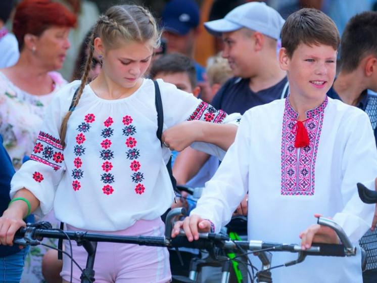 «Велопробіг у вишиванках»