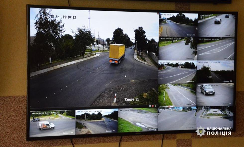 Камери підключені до чергових частин Головного управління національної поліції у Волинській області та Луцького районного відділення поліції