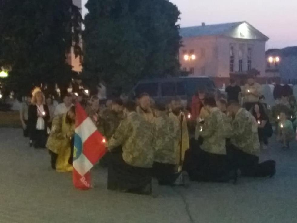 Вшанувати загиблих прийшли і військові капелани