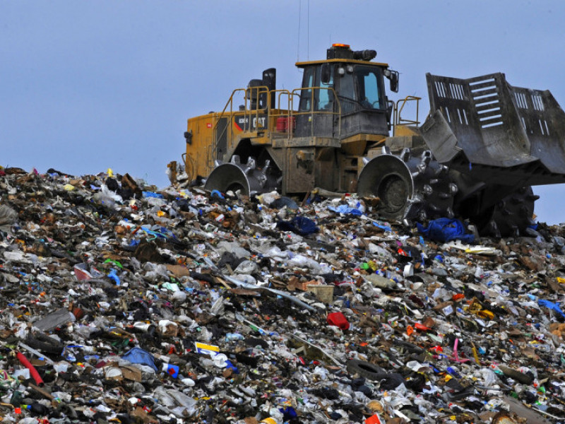 Луцька влада виношує «рожеві мрії» розташувати поряд з житловими кварталами потужний сміттєспалювальний завод,