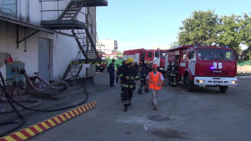До навчань залучили сімодиниць пожежної техніки