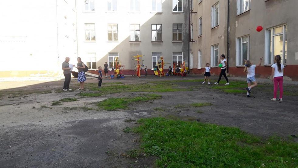 На Львівській планують реконструювати внутрішній дворик школи
