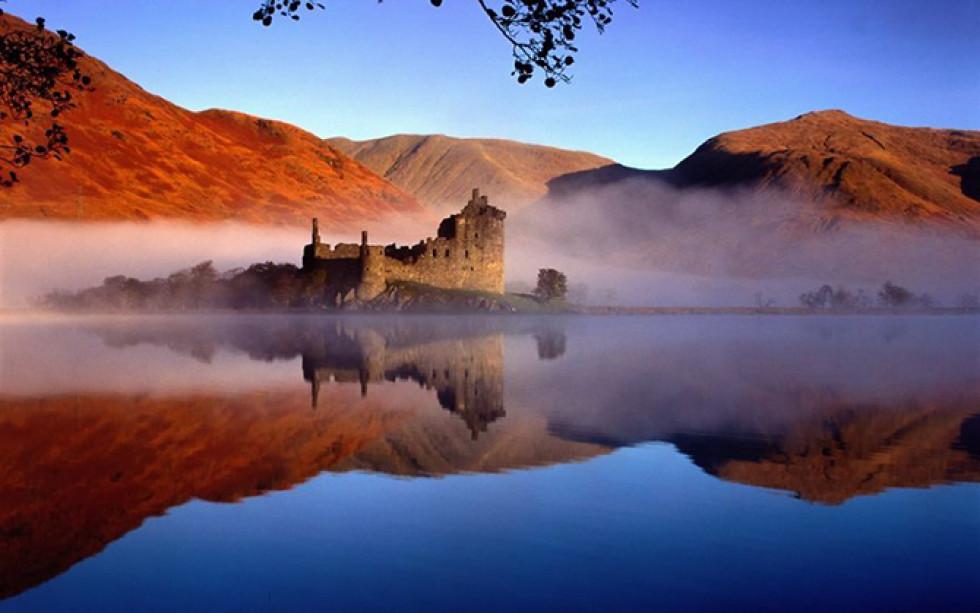 Замок Кілхурн, Шотландія.