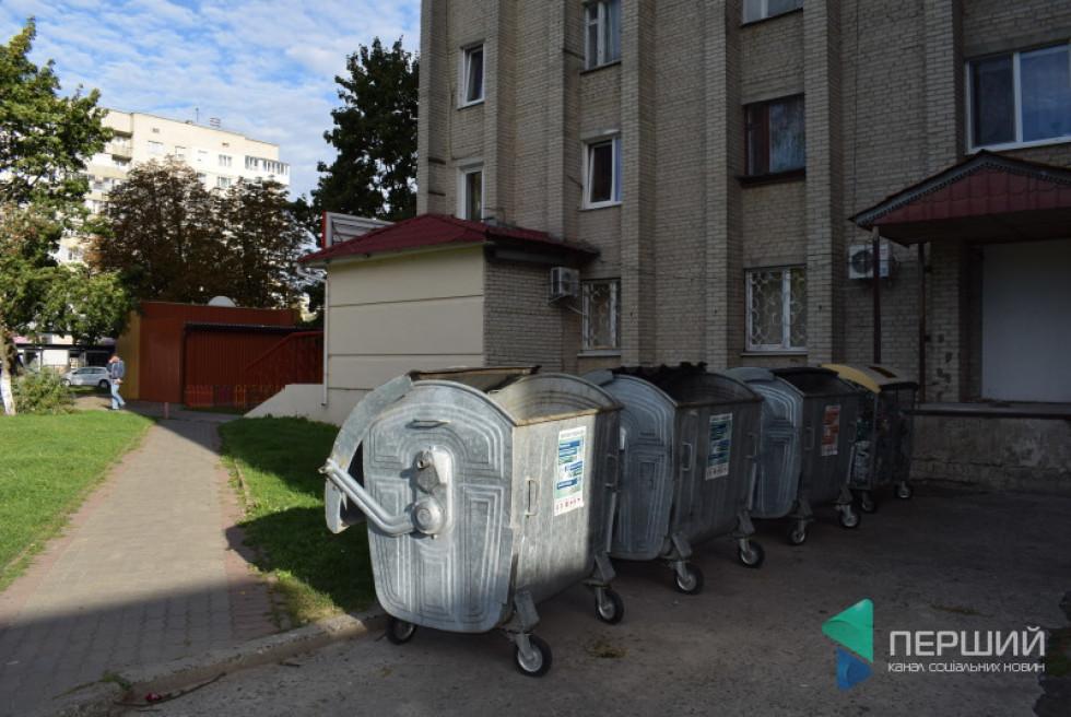 Контейнери для роздільного збору сміття