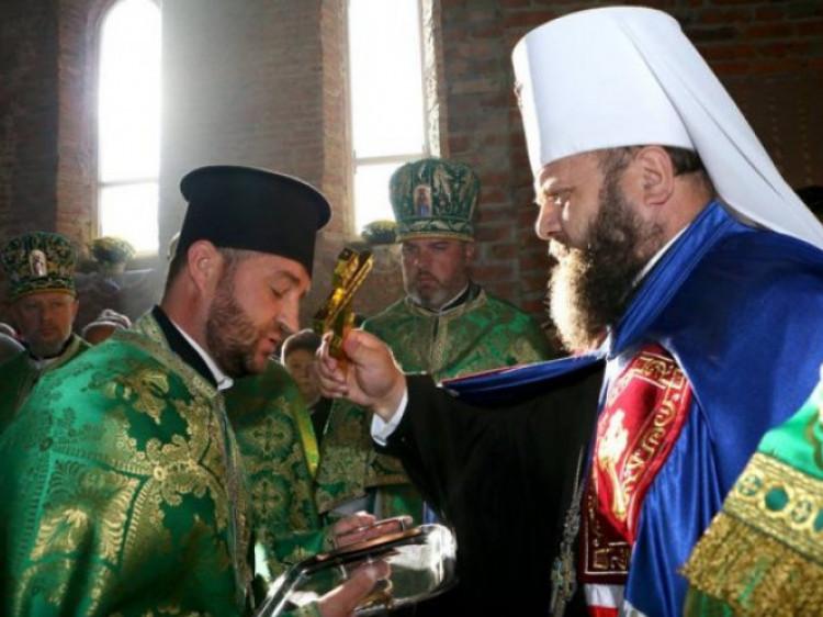 Митрополит Михаїл на освяченні храму преподобного Іова Почаївського