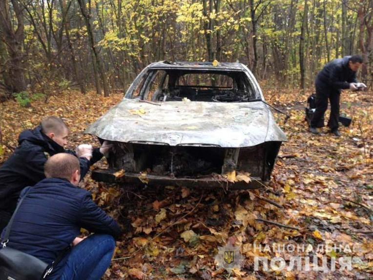 Підозрюваний і жертви перебували в цьому авто