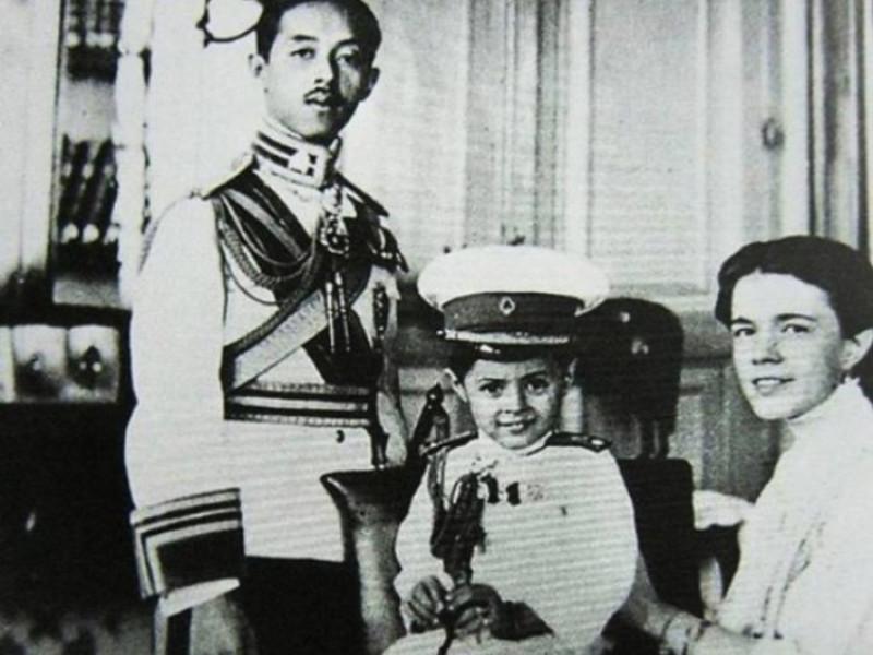 Катерина Десницька з чоловіком та сином