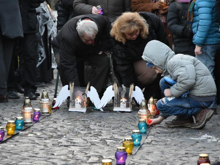Акція «Запали свічку» в Луцьку
