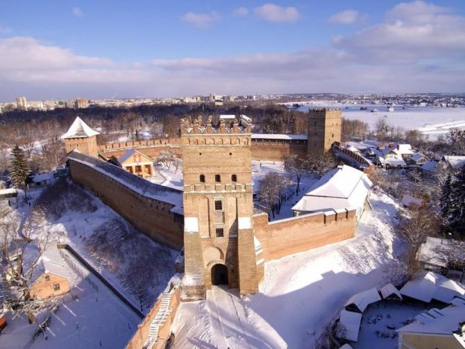 Луцький замок взимку