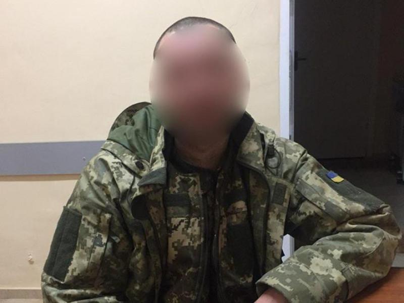 патрульні допомогли військовому