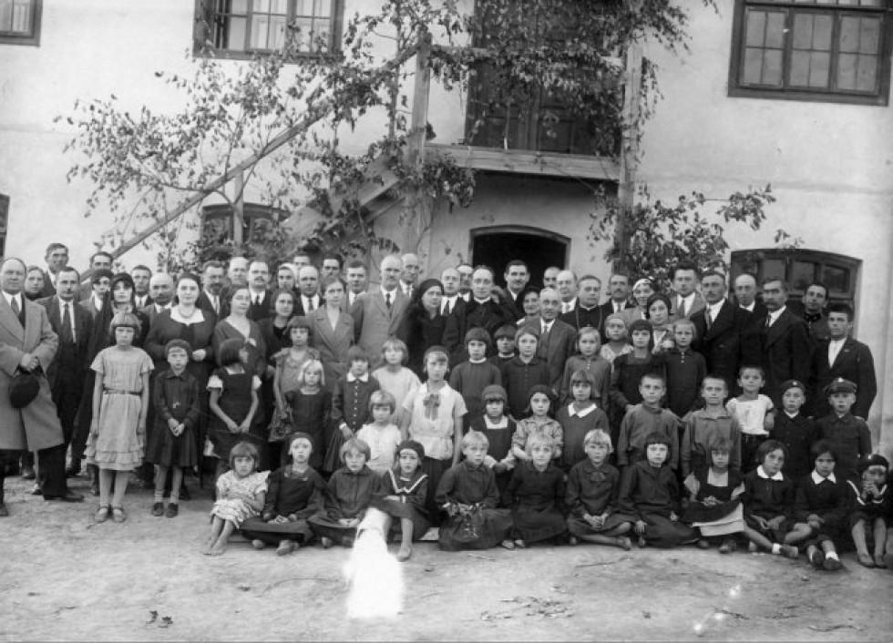 Учні бурси в Олиці, 1932 рік