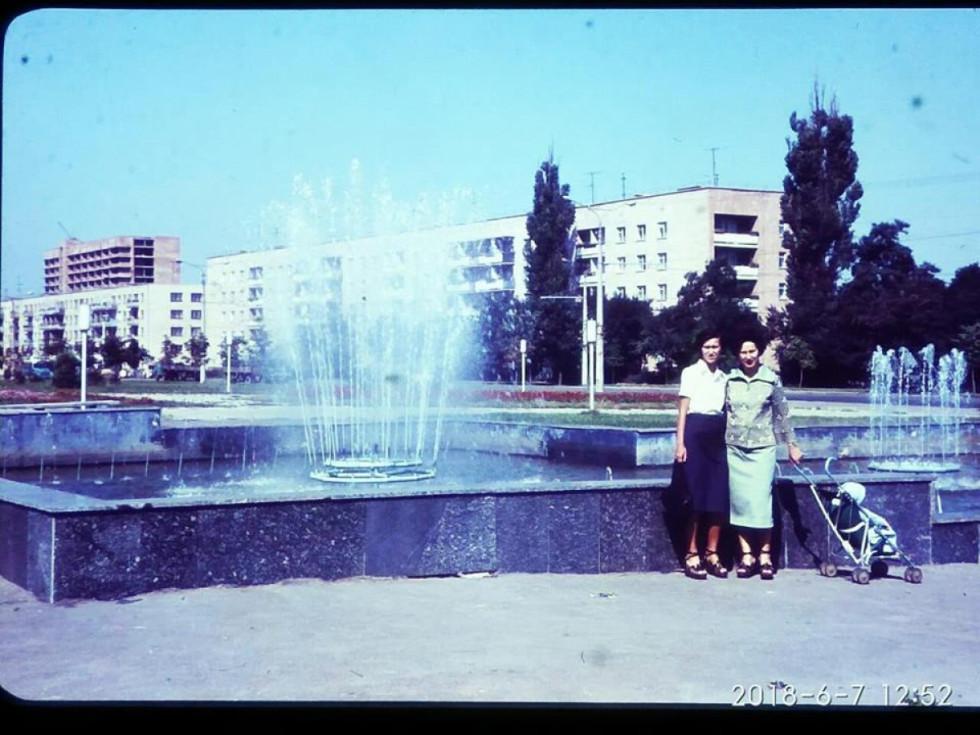 Фонтан біля колишнього заводу  «Луцькпластмас»