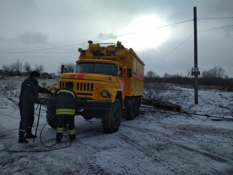 рятувальники допомогли медикам