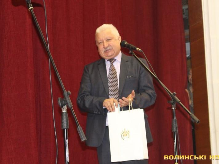 директор Палацу учнівської молоді Степан Сидорук