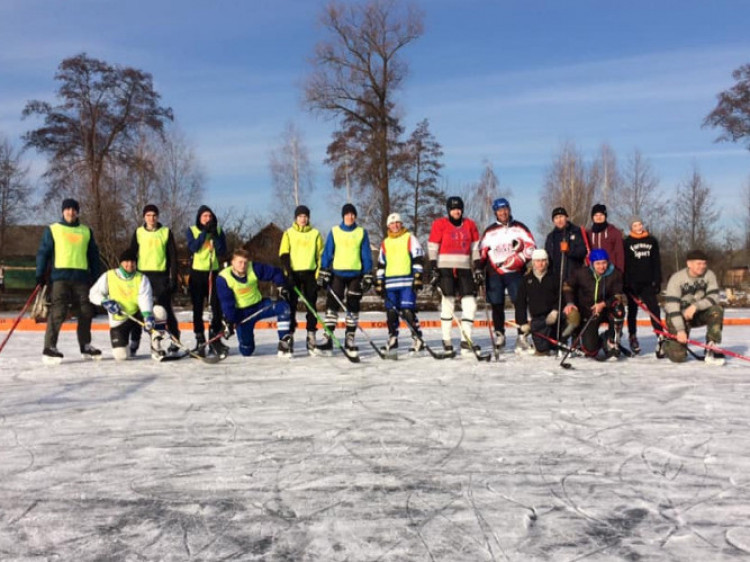 Хокеїсти