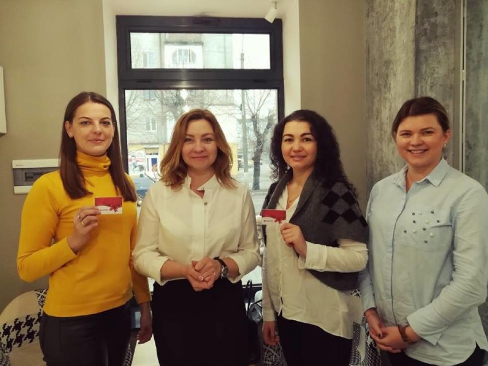 Учасниці акції від Будівельної компанії «Інвестор», які купили житло у ковельському ЖК «Парковий квартал»