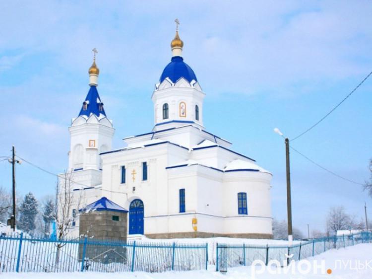 Церква у селі Садів