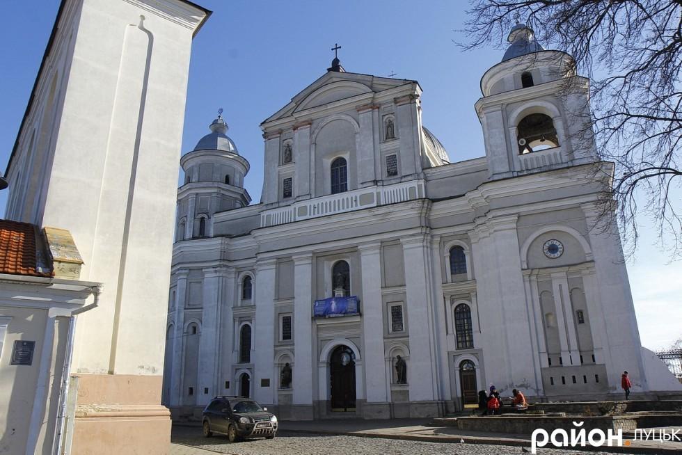 Кафедральний костел святих Петра і Павла (Луцьк)